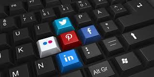 liitérature et reseaux sociaux